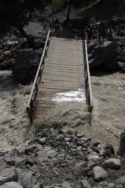 Dubaz bridge damaged completely (5)
